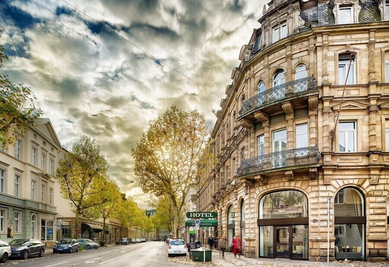 Hotel National, Bamberg, Hotel Front – Evening/Night