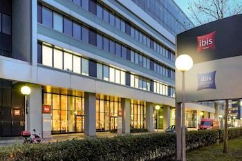 Choose This Mid-Range Hotel in Vienna