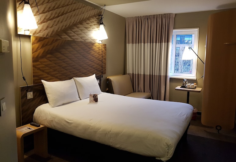 ibis Sheffield City, Sheffield, Standard Double Room, 1 Double Bed, Guest Room