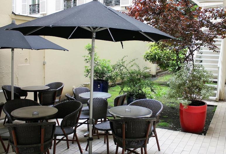 New Hôtel Saint Lazare, Paris, Terrace/Patio