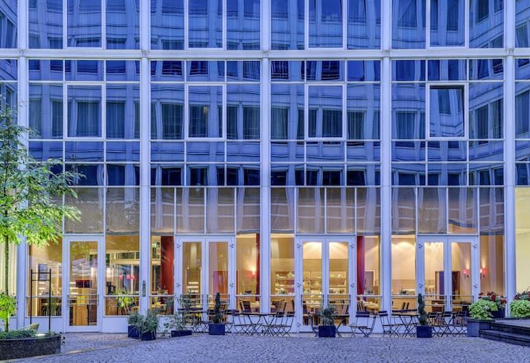 Park Inn by Radisson Dresden, Dresden, Terrace/Patio