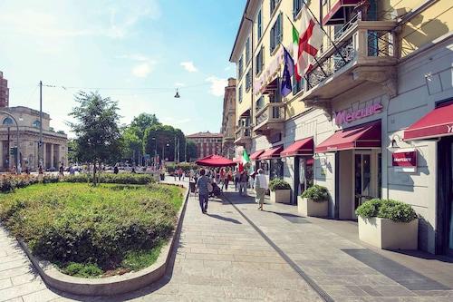 米蘭中心美居飯店/
