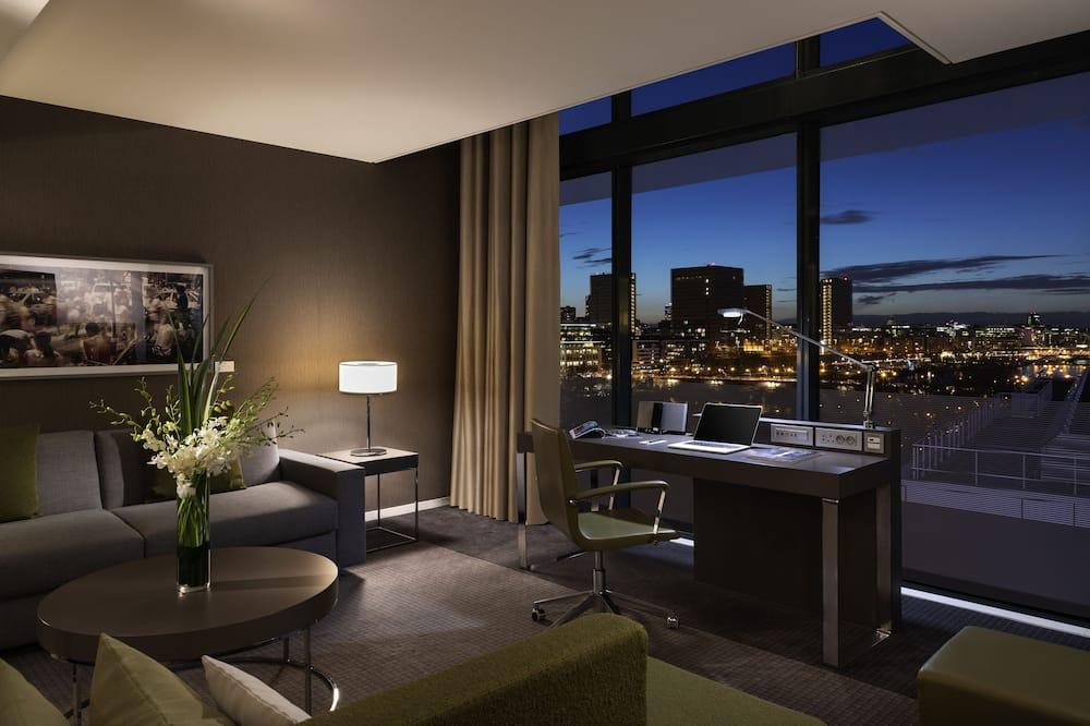 Suite, 1 King Bed, View (Duplex) - Guest Room