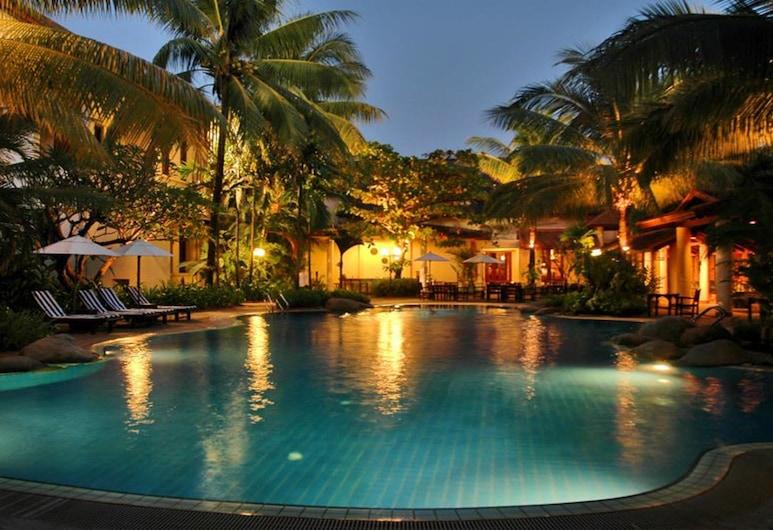 Settha Palace Hotel, Vientianas, Lauko baseinas