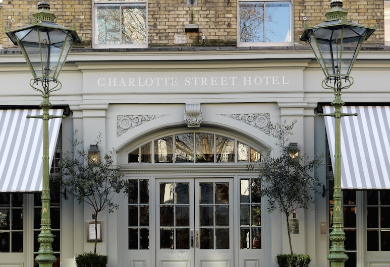 Charlotte Street Hotel, Firmdale Hotels, London, Hotel Entrance