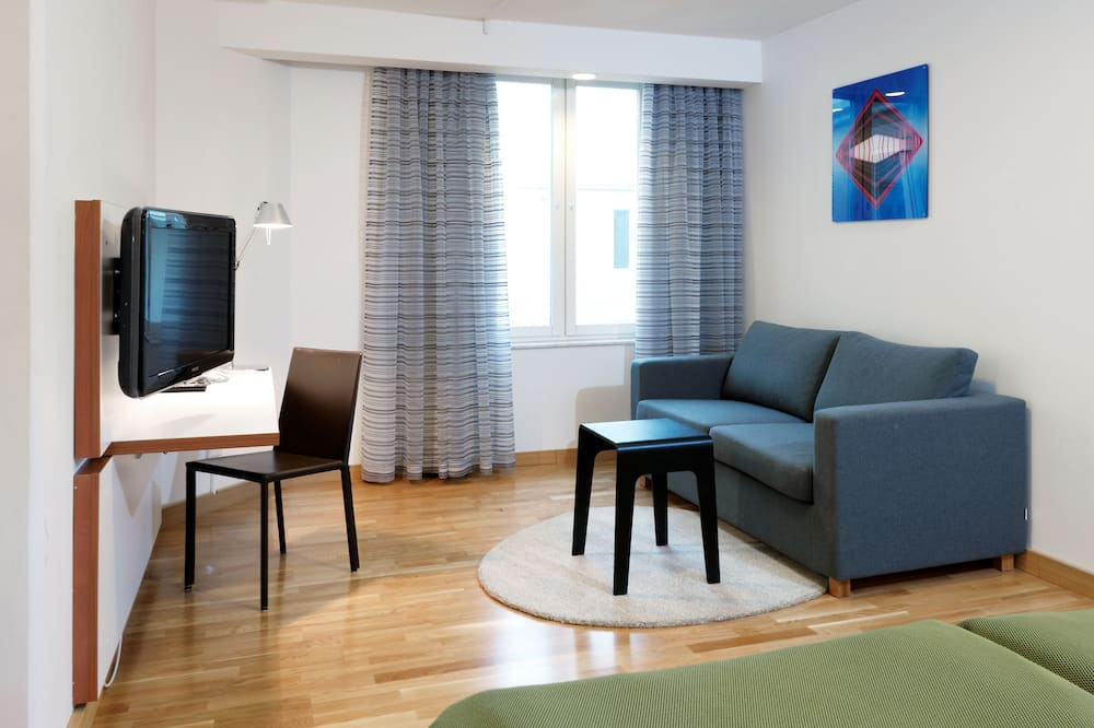 Superior Twin Room - Living Area