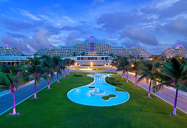 Paradisus by Melia Cancun - All Inclusive, Cancun, Hotel Front – Evening/Night