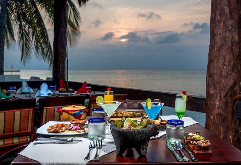 Melia Cozumel, Cozumel, Speisen im Freien