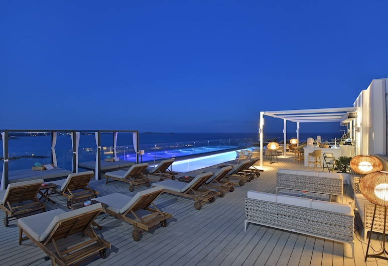 Sol Beach House Ibiza, Santa Eulalia del Rio, Zwembad op dak