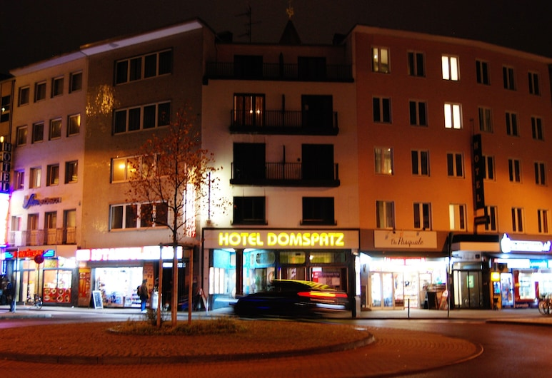 Domspatz Hotel   Boardinghouse, Cologne, Hotel Front – Evening/Night
