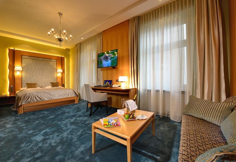 Hotel Torbräu, Munich, Deluxe Double Room, Guest Room