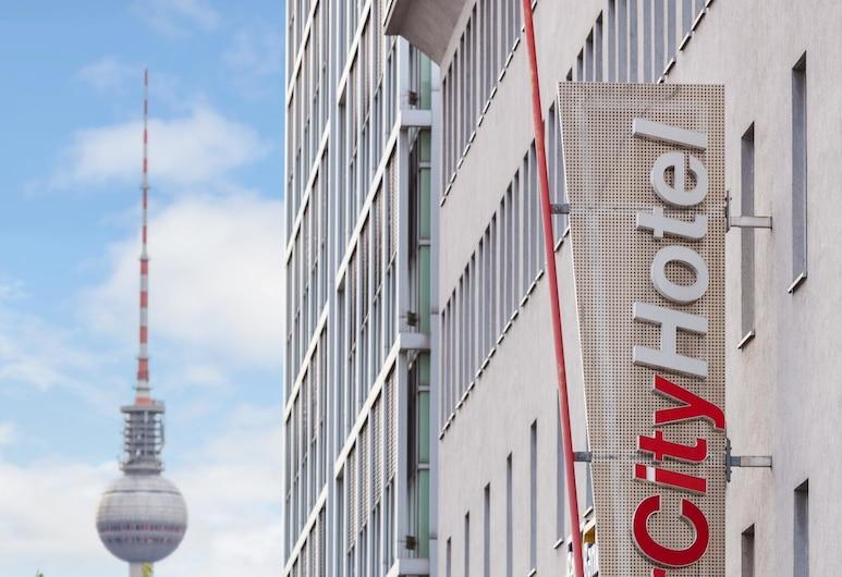IntercityHotel Berlin Ostbahnhof, Berlin, Hotelfassade