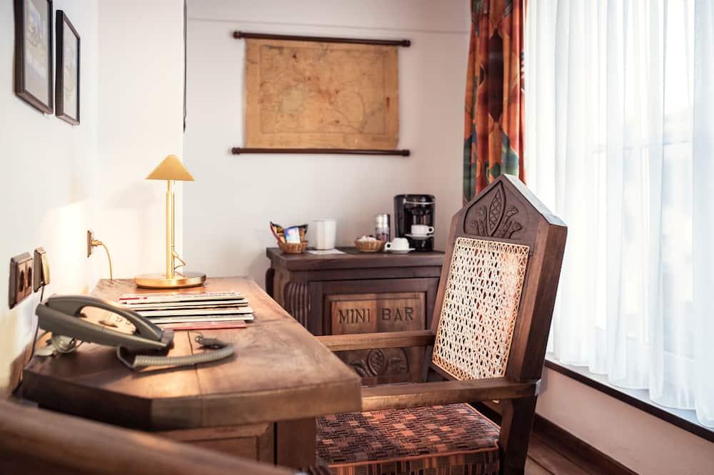 Suite (single use) - Living Area
