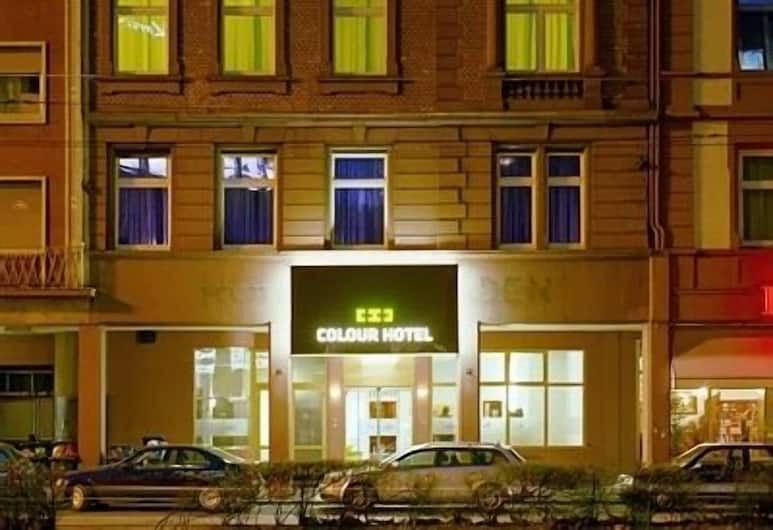 Colour Hotel, Francoforte, Facciata hotel (sera/notte)
