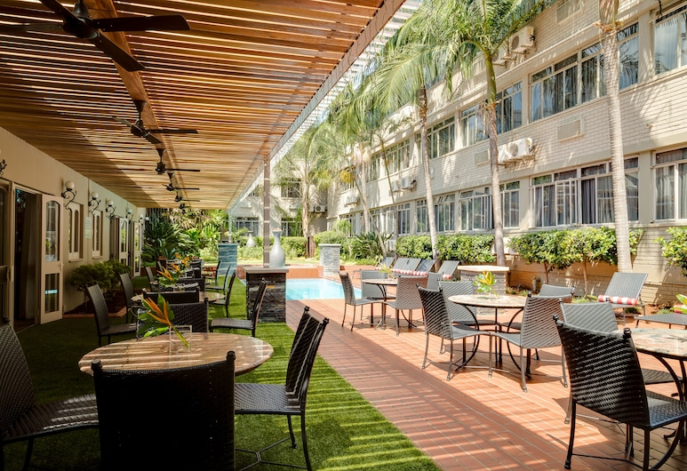Fortis Hotel Capital Pretoria, Pretoria, Courtyard
