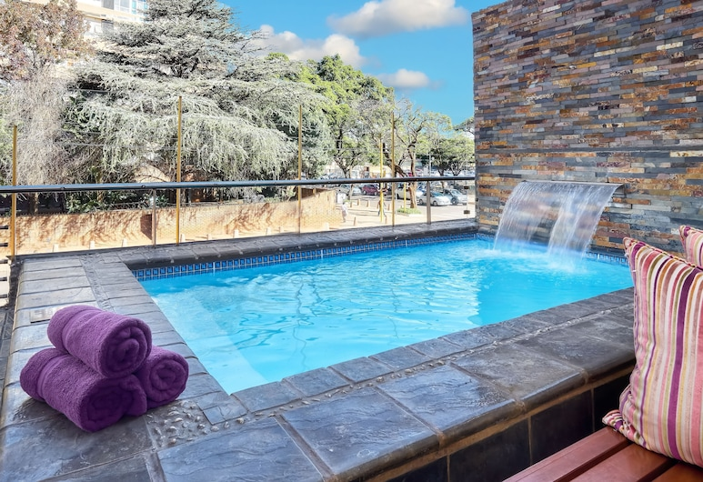 Fortis Hotel Manor Pretoria, Pretoria, Outdoor Pool