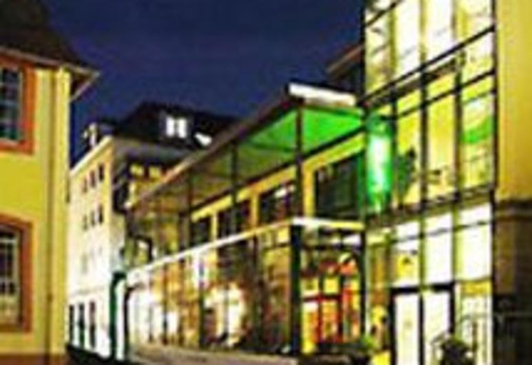 Aulmann, Trier, Hotel Front – Evening/Night