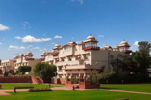賈瑪哈爾皇宮酒店/