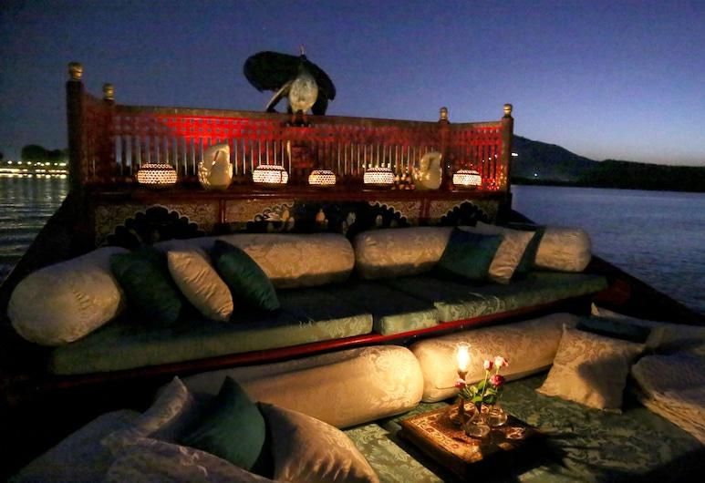 Taj Lake Palace, Udaipur, Outdoor Dining