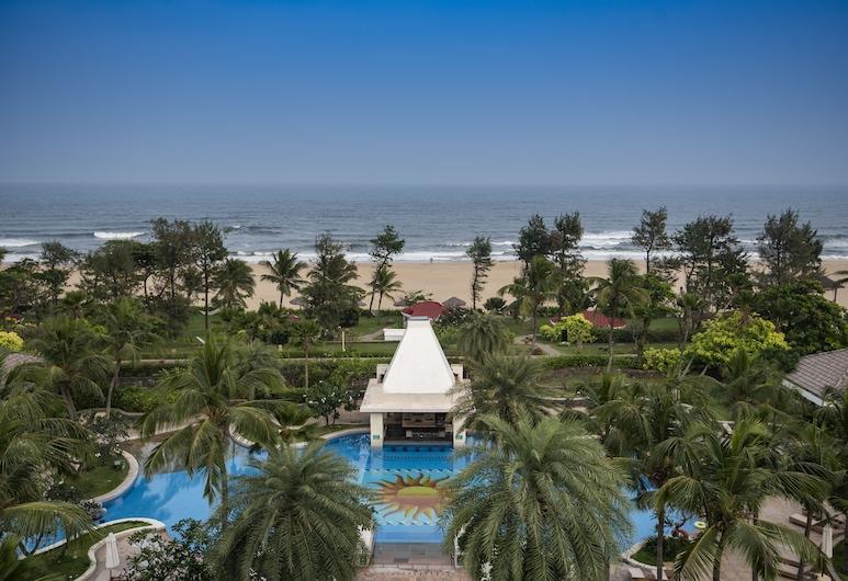 Taj Fisherman's Cove Resort & Spa, Chennai, Chennai, Pool