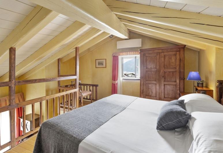 Hotel Pironi , Cannobio