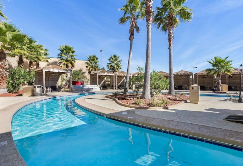 Hollywood Casino Gulf Coast, Залив Сен-Луис, Открытый бассейн