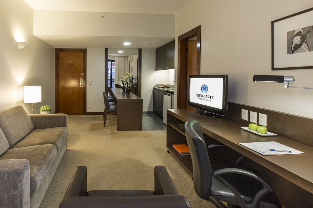Luxury Suite, 1 Double Bed with Sofa bed - Living Room