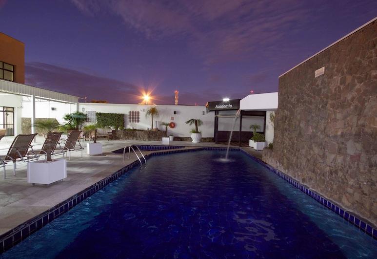 Bristol Exceler Plaza Hotel, Campo Grande, Außenpool