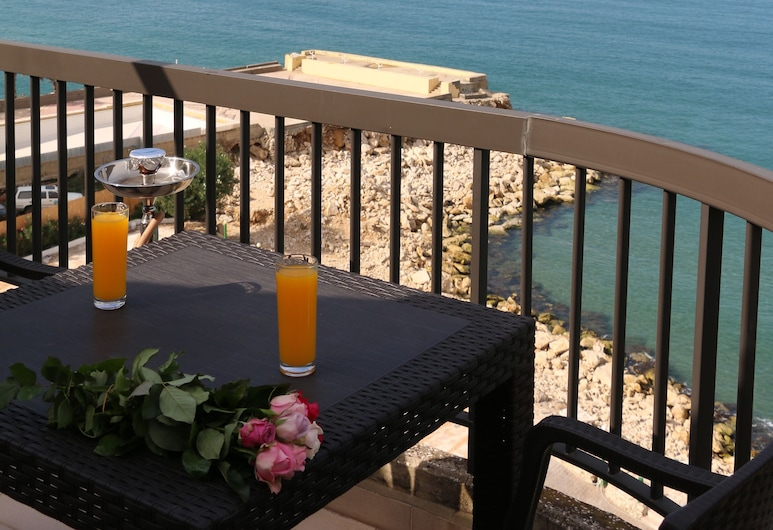 Holiday Suites Hotel And Beach, Jounieh, Suite, Meerblick, Zimmer