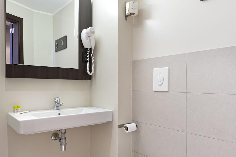 İki Ayrı Yataklı Oda, Sigara İçilmez - Banyo