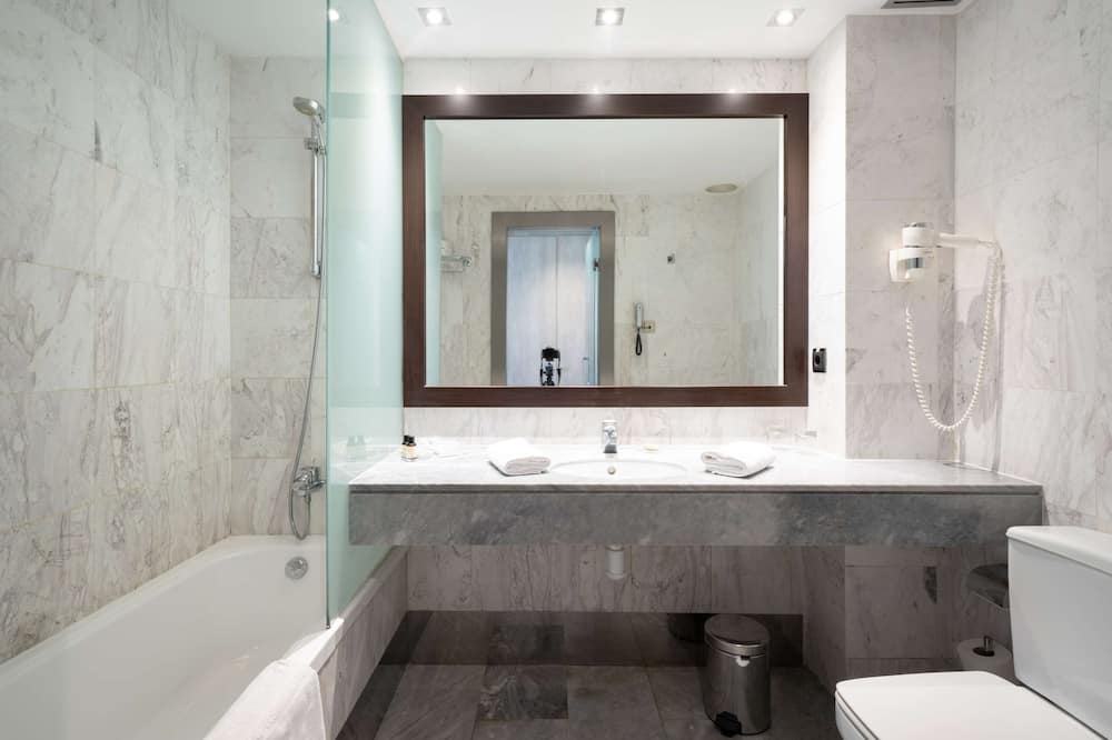 Kamar Double Premium - Kamar mandi