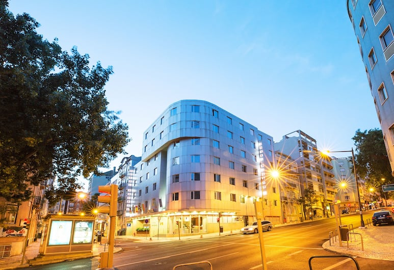 Hotel 3K Madrid, Lisbon, Hadapan Hotel - Petang/Malam