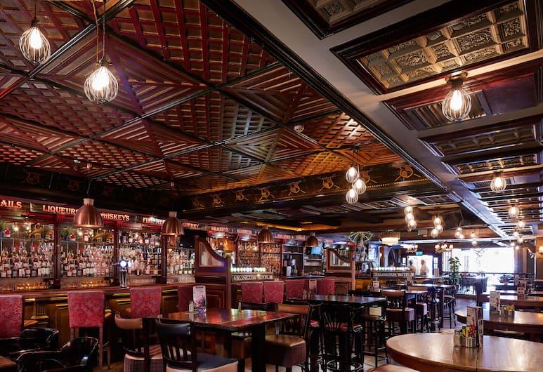 Arlington Hotel O'Connell Bridge, Dublin, Hotel Bar