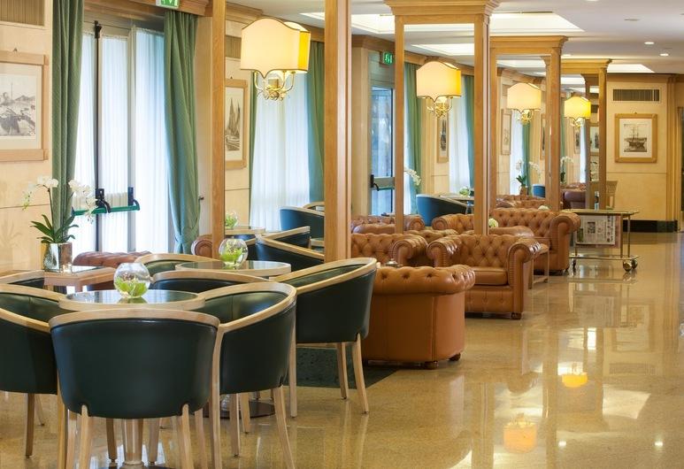 Starhotels Vespucci, Campi Bisenzio, Lobby