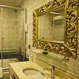 ห้องลักซ์ชัวรี่สวีท - ห้องน้ำ