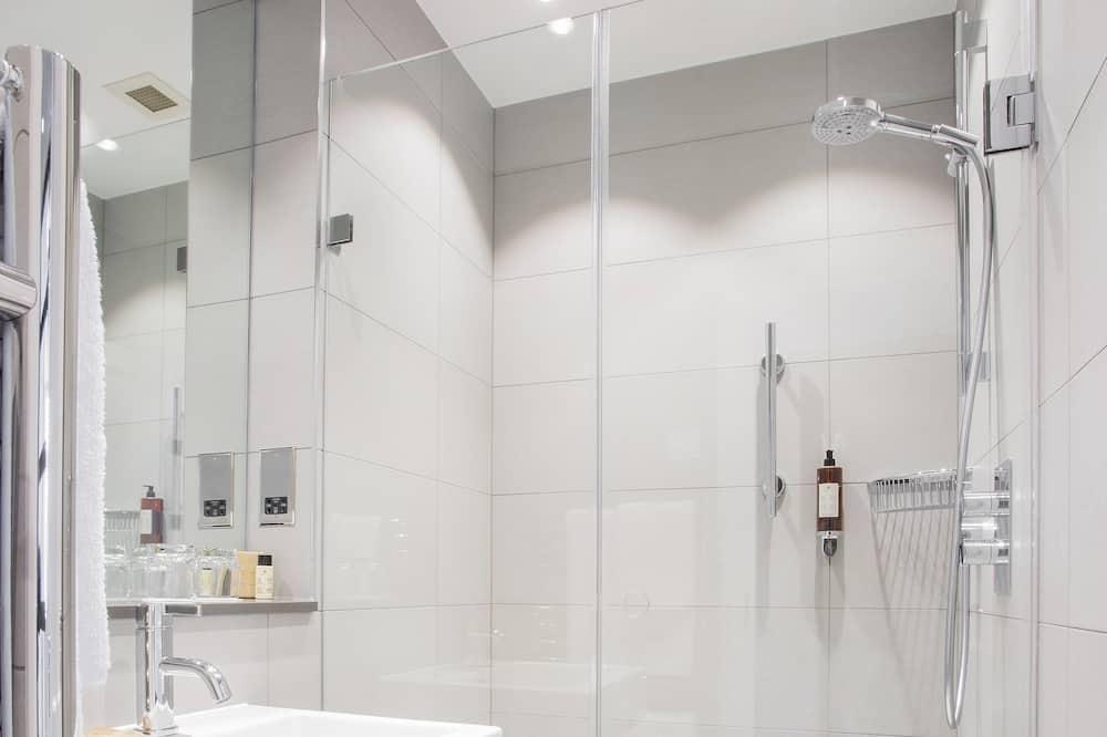スーペリア トリプルルーム - バスルーム