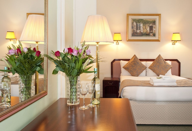 Astor Court Hotel, London, Double Room, Guest Room