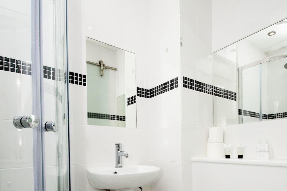 Single Room - Koupelna