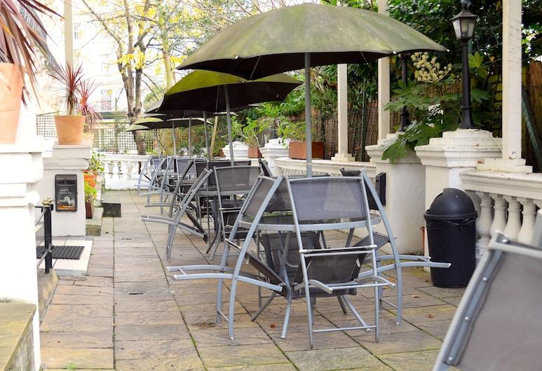 Pembridge Palace Hotel, Londres, Restauration en terrasse