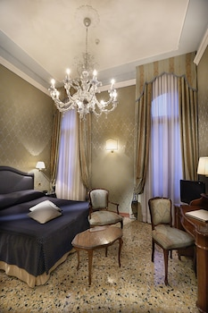 Picture of Colombina Hotel in Venice
