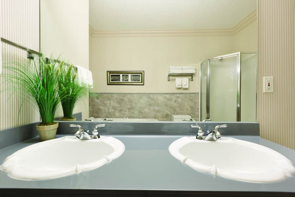 Süit, 1 En Büyük (King) Boy Yatak, Sigara İçilmez (Crown Suite) - Banyo