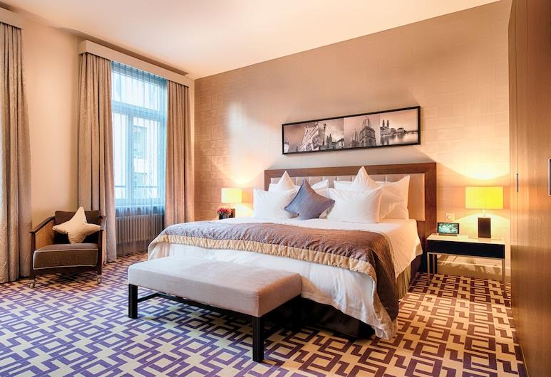 ALDEN Suite Hotel Splügenschloss Zurich, Zúrich, Suite, Habitación