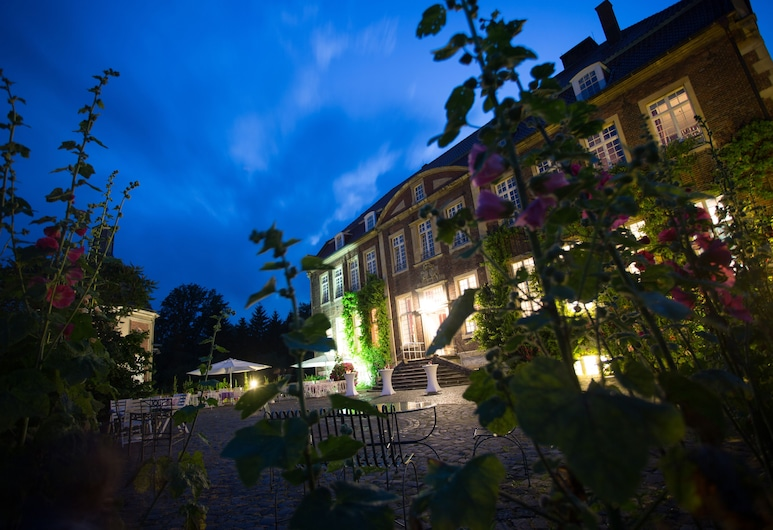 Hotel Schloss Wilkinghege, Münster, Terrasse/Patio
