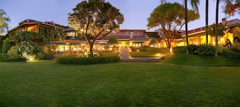 庫埃納瓦卡拉斯馬納尼塔斯花園餐廳溫泉酒店的圖片