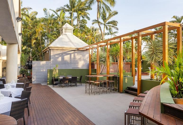 Rydges Esplanade Resort Cairns, Cairns North, מרפסת/פטיו