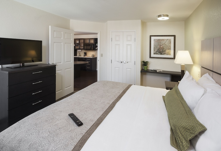 Candlewood Suites Durham, an IHG Hotel, Durham, Suite, 1 Bedroom, Non Smoking (Queen Bd and Sofabd), Guest Room