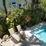 Audubon, 2nd Floor - Outdoor Pool