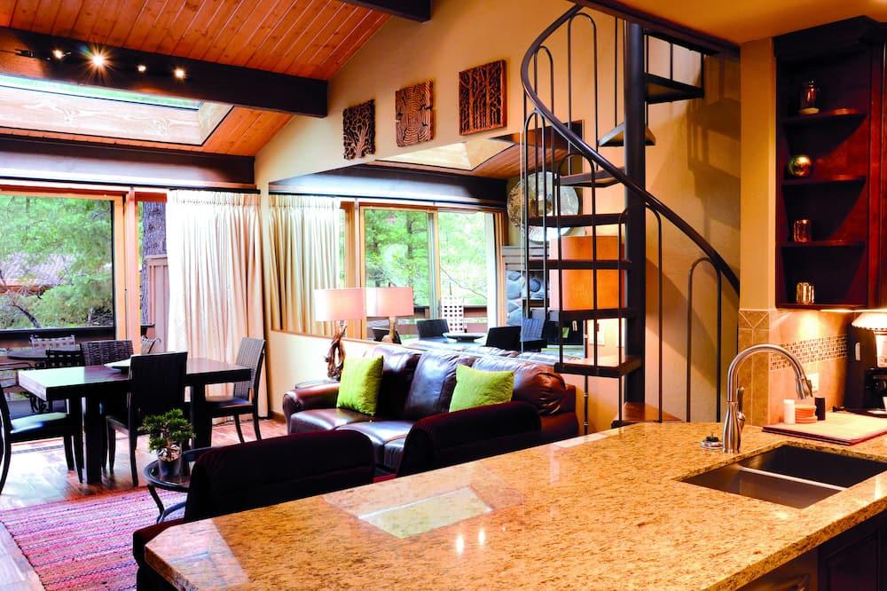 Villa, 1 Bedroom, Kitchen (Forest View) - Living Room