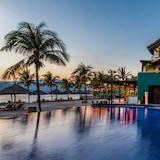 Thompson Zihuatanejo, a Beach Resort