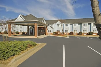 Picture of Americas Best Value Inn & Suites McDonough in McDonough